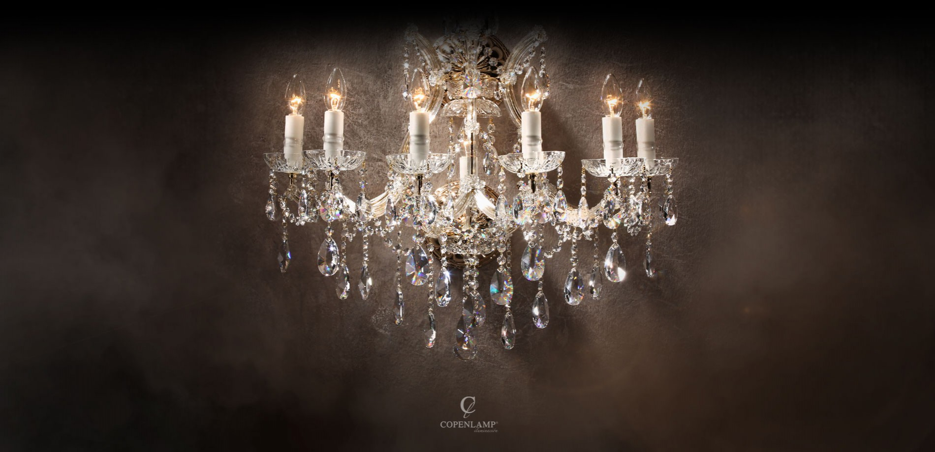 Estella Prestige (เอสเทล่า) โคมไฟหรูสำหรับคฤหาสถ์
